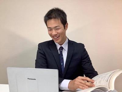 帰国子女枠中学・高校入試、帰国子女枠編入試験を担当する、北海道大学工学部の山口卓宏(やまぐちたかひろ)先生です。