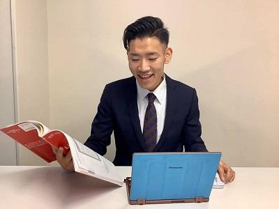 帰国子女枠中学・高校入試、帰国子女枠編入試験を担当する、北海道大学医学部の八尾寅史(やおとらふみ)先生です。